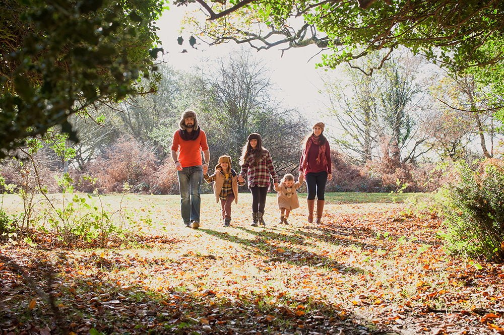 Natural relaxed family photographs in the New Forest