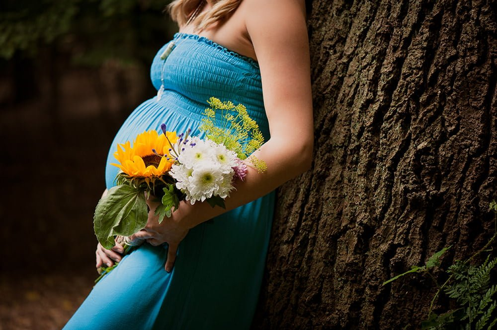 Floral arrangement at Bump Photoshoot by New Forest Photographer