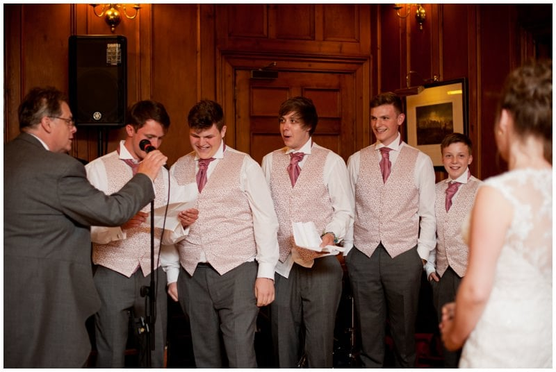 Ringwood family singing at Tyrrells Ford Hotel wedding