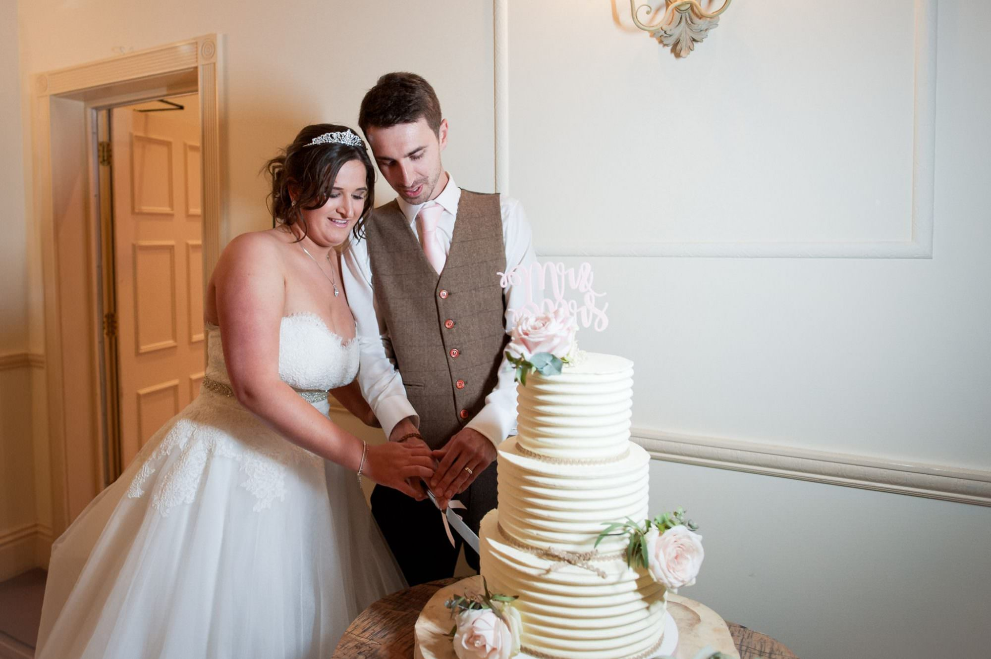 Hampshire Cake Cutting