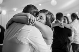 Dancefloor photos by Hampshire wedding photographer