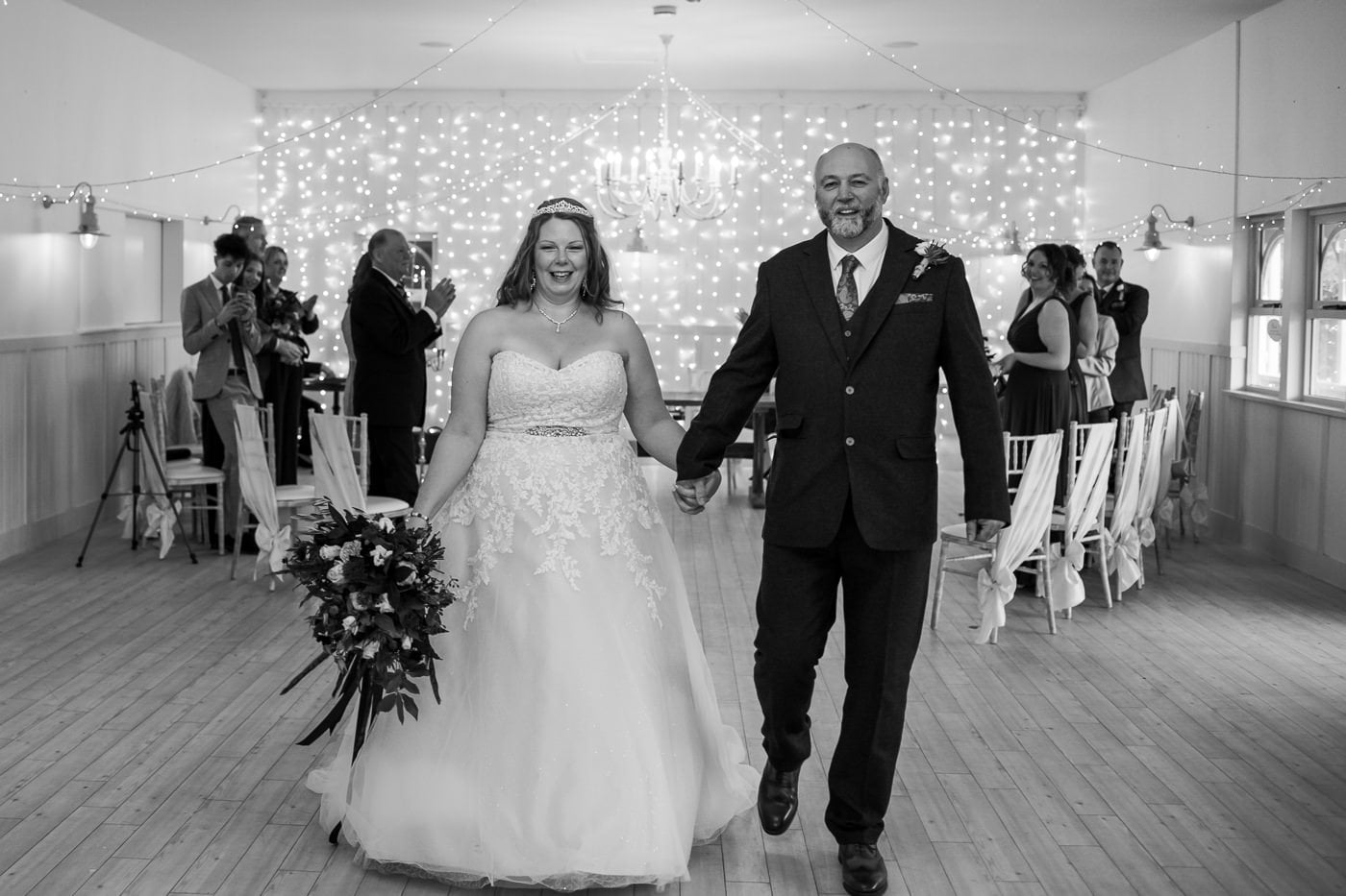 Kings Arms Wedding Photography of 15 person wedding
