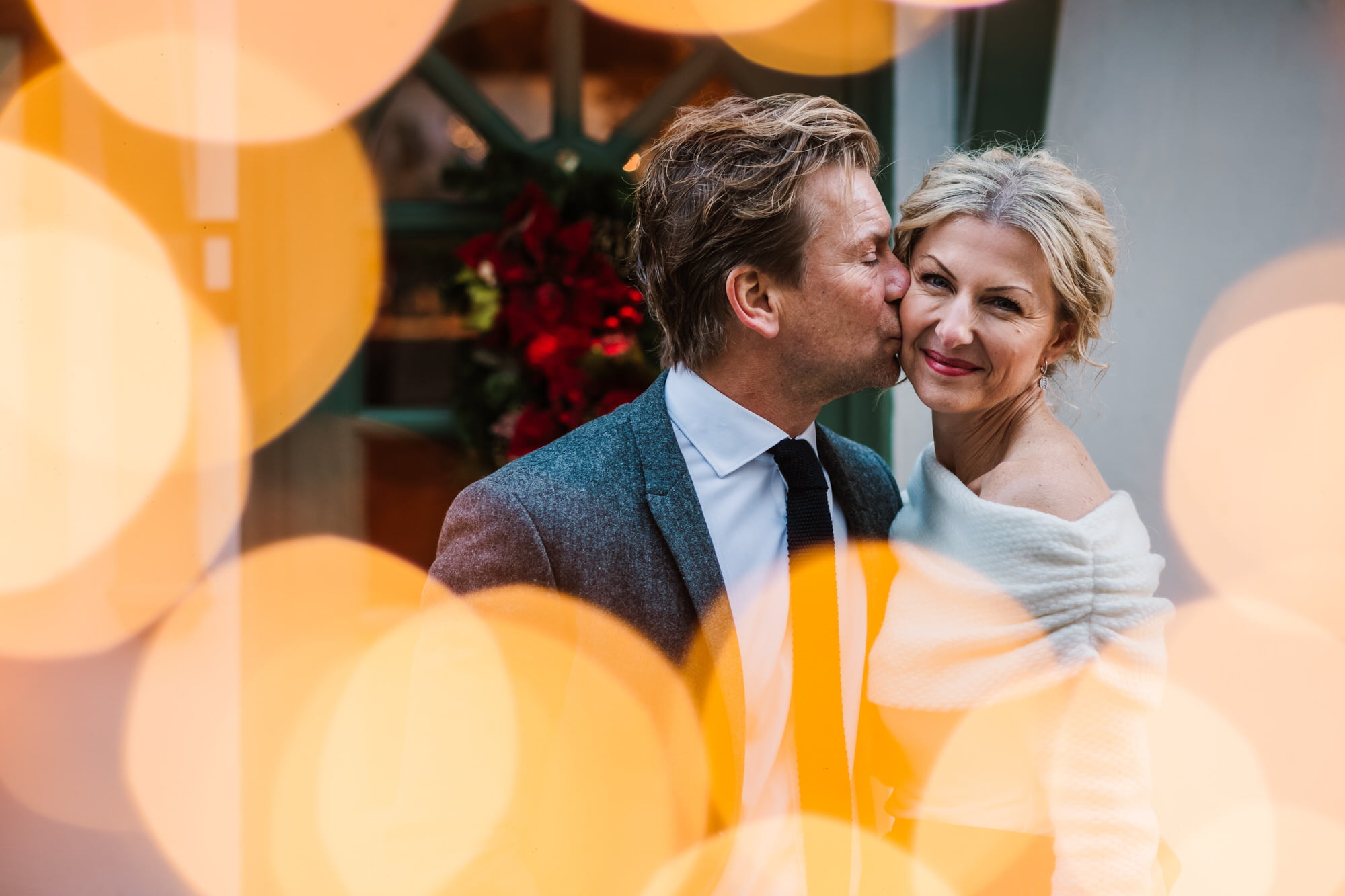 Hampshire Photographer at Festive Wedding